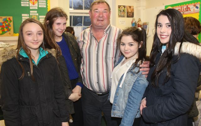 Former principal of the school Michael O'Connor with pupils Maeve Moloney, Ellen Wallace, Tia Kelly and Ava Flynn at the launch of 'Blennerville School And Community - A Story Worth Telling' at the school on Saturday. Photo by Dermot Crean