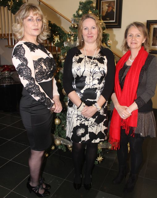 Noreen Walsh, Bernie Boyle and Lisa Rice at the Connect Publications Ladies Lunch and Fashion Afternoon in aid of MS Tralee /West Kerry Branch at the Ballyroe Heights Hotel. Photo by Dermot Crean