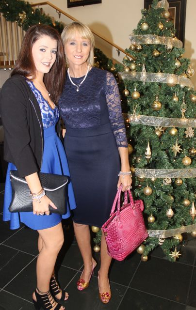 Kate and Maria Mansfield, Tralee, at the Connect Publications Ladies Lunch and Fashion Afternoon in aid of MS Tralee /West Kerry Branch at the Ballyroe Heights Hotel. Photo by Dermot Crean