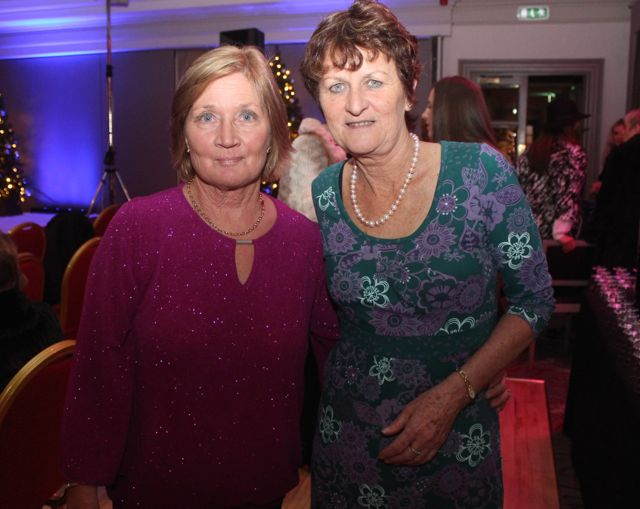 Mary Fitzgerald and Emer Hogan at the Shaws Fashion Show in aid of the Recovery Haven on Thursday night. Photo by Dermot Crean