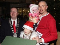Kieran And Lola Rose Help Emma Light Up Tralee For Christmas