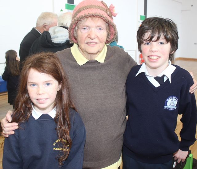 Former Principal of the school Sheila Griffin with grandkids Roisín and Diarmaid Griffin at the Grandparents Day at St Brendan's NS in Blennerville on Wednesday. Photo by Dermot Crean