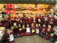 2nd Class Pupils of Moyderwell Mercy Primary during the visit to Garvey's SuperValu