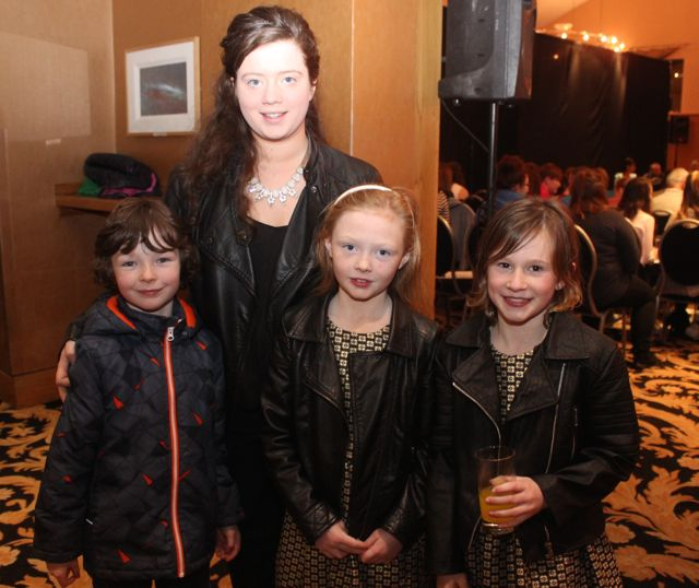 Maurice Costello, Noreen O'Sullivan, Eva Costello, Lisa Slattery at the fashion show in aid of Killahan National School at the Ballyroe Heights Hotel on Friday night. Photo by Dermot Crean