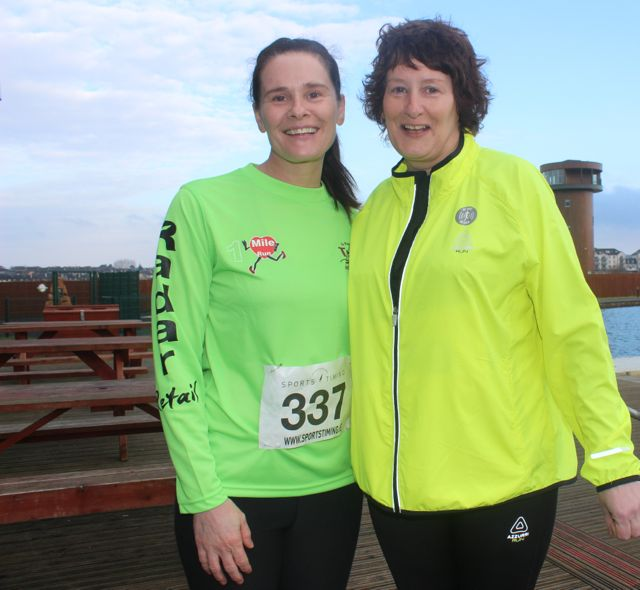 Patricia and Gretta O'Connor at the start of the Valentine's 10 Mile Road Race from Tralee Wetlands on Sunday morning. Photo by Dermot Crean