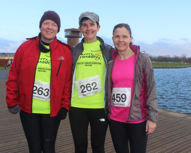 Siobhan Mahony, Marie Mangan and Tracey Smith at the start of the Valentine's 10 Mile Road Race from Tralee Wetlands on Sunday morning. Photo by Dermot Crean