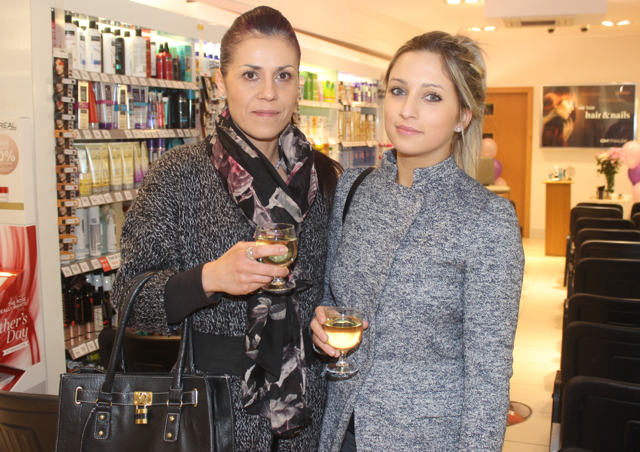Paulina and Veronica Hrachovinova at the Fortunate Benavoli Make-Up Masterclass at CH on Friday evening. Photo by Dermot Crean