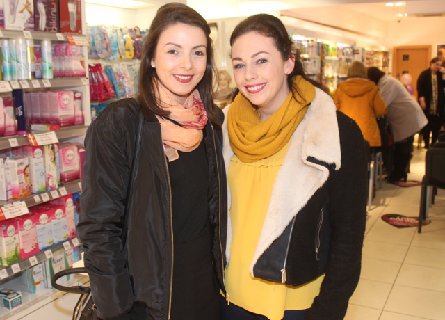 Una Brosnan and Roisin Smullen at the Fortunate Benavoli Make-Up Masterclass at CH on Friday evening. Photo by Dermot Crean