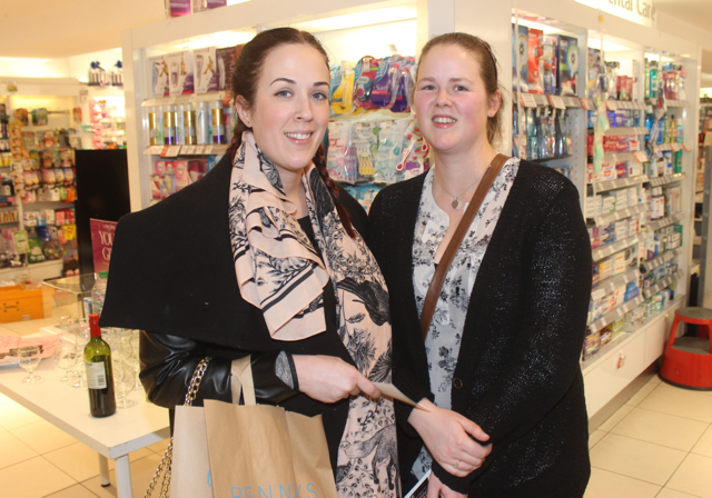 Jennifer and Dympna Looby at the Fortunate Benavoli Make-Up Masterclass at CH on Friday evening. Photo by Dermot Crean