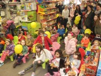 Children watching the Puppet Show at Caballs Toymaster as part of the Tir na nOg festival on Saturday morning. Photo by Dermot Crean