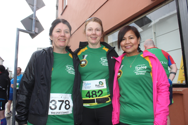 Anne Doyle, Carmel Quinn and Arlene Mahony at the start of the Half Marathon on Saturday morning. Photo by Dermot Crean