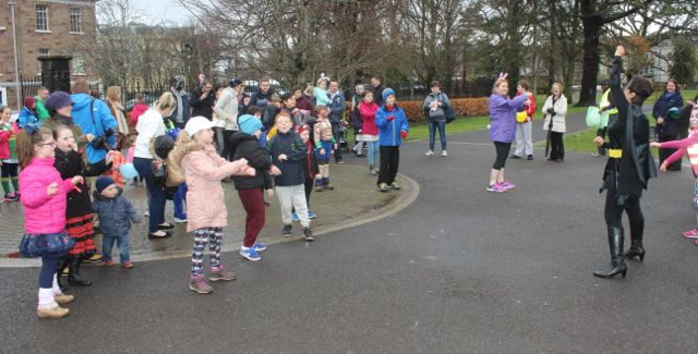 Having fun before the start of  the Tir Na nOg Fun Run in the Town Park on Saturday afternoon. Photo by Dermot Crean
