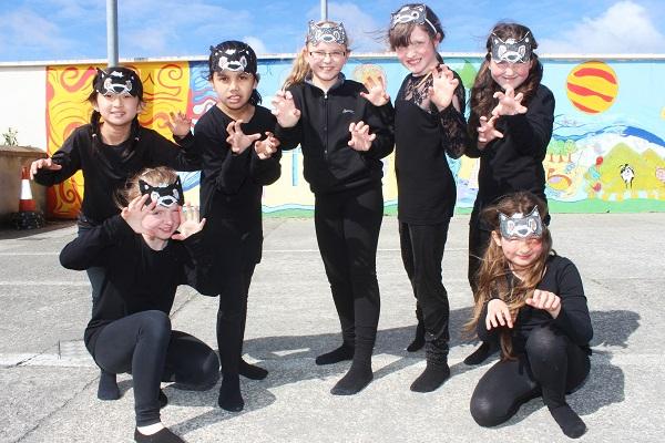 Anna Landy, Natalie Nang, Elesya Mazlan, Oliwia Golonek, Shania May Coffey, Lisa O'Shea and Elle Reidy, Moyderwell National School performers of The Lion King. Photo by Gavin O'Connor.