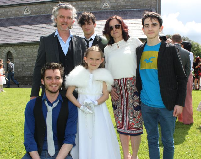 Caherleaheen NS pupil, Lila Galway, who made her First Holy Communion at the Church of the Immaculate Conception in Rathass, joined by her family, Gabriel, Maurice, Rí, Catherine and Archie. Photo by Dermot Crean