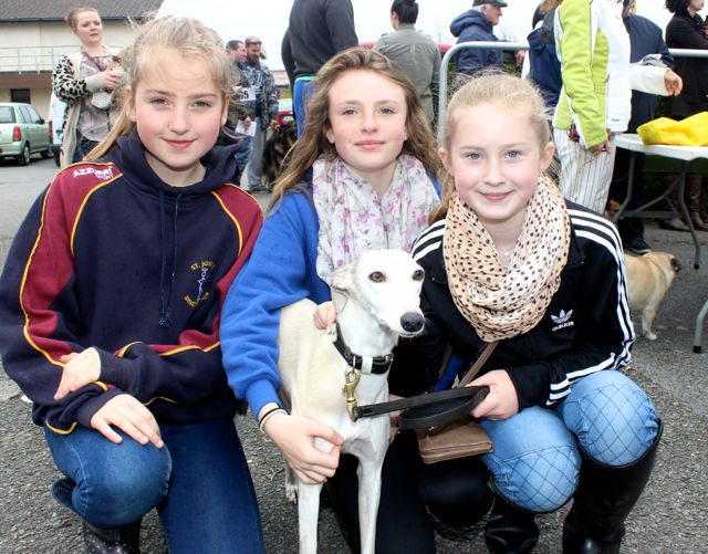 Roisín Maher, Ava Reidy and Katie Costello with Ellie the dog, at the Kingdom County Fair on Sunday. Photo by Dermot Crean