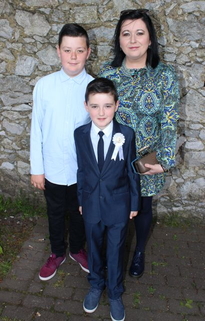 Alan, Reuben and Rebekah Wall at the Moyderwell Primary School First Holy Communion Day at St John's Church on Saturday morning. Photo by Dermot Crean