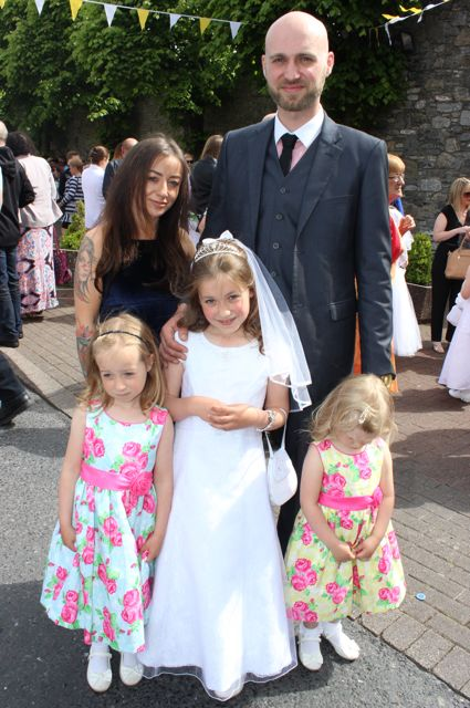 Eve and Mark Mazurek with Sadie, Ella and Kyla Mazurek at the Moyderwell Primary School First Holy Communion Day at St John's Church on Saturday morning. Photo by Dermot Crean