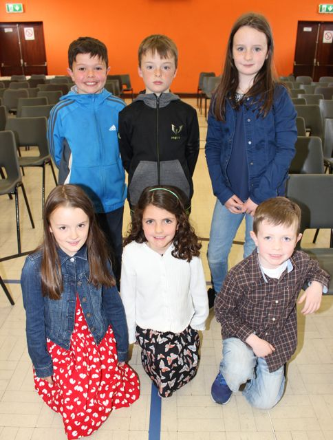 At back; Peter Doyle, Ruan O Chlumhain, Siun Ni Chlumhain. Front; Liadhain Ni Chlumhain, Avril Doyle and Philip Doyle at 'Na Gaeil's Got Talent' at Gaelscoil Mhic Easmainn on Saturday evening. Photo by Dermot Crean