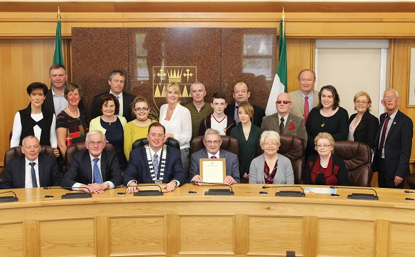 Civic reception honored Ted Moynihan with family and Kerry County Councillors. Photo by Gavin O'Connor.