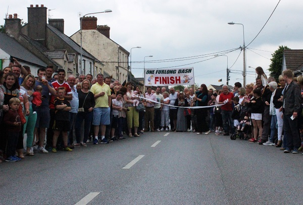 The crowd at the finishing line of the One Furling Dash. Photo by Gavin O'Connor.