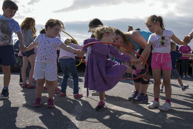 CMK24082016  REPRO FREE NO FEE  Sadhbh O'connell of Ardfert at Féile Fáilte, a day-long celebration of dance on Banna Strand, Co. Kerry this weekened. This was a key event in the Casement Project, part of the Arts Council's Art:2016 programme. www.casementproject.ie.  Picture Clare Keogh   Further Info Contact  Christine Monk