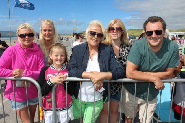 Martina O'Keeffe, Tracy O'Keeffe, Emily Keane, Brid O'Mahony, Martina Keane and Tony Scanlon, Cork, at the Feile Failte at Banna Beach on Saturday. Photo by Dermot Crean