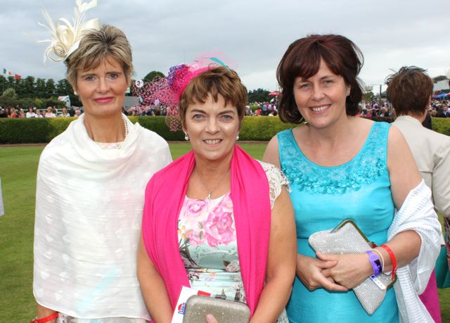 Catherine Dwyer, Tina O'Brien and Doreen Pierse, Tralee, at the Dawn Milk Ladies Day at Killarney Races on Thursday. Photo by Dermot Crean