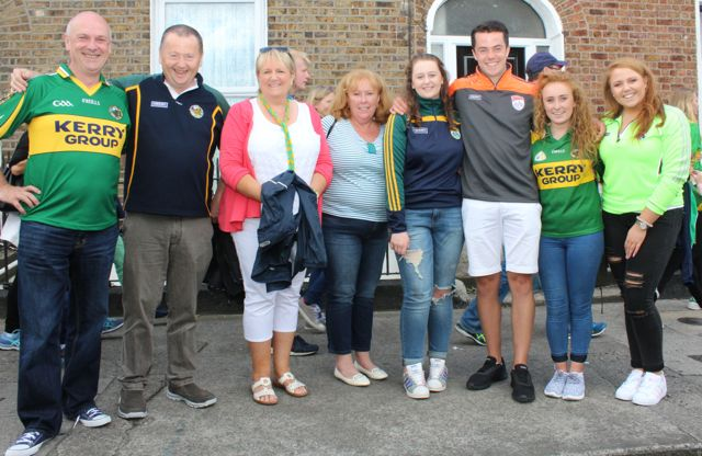 John Keating, John Murray, Xavier Murray, Therese Keating, Jack Murray, Sadhnbh Keating, Emma Murray, up for the match on Sunday. Photo by Dermot Crean