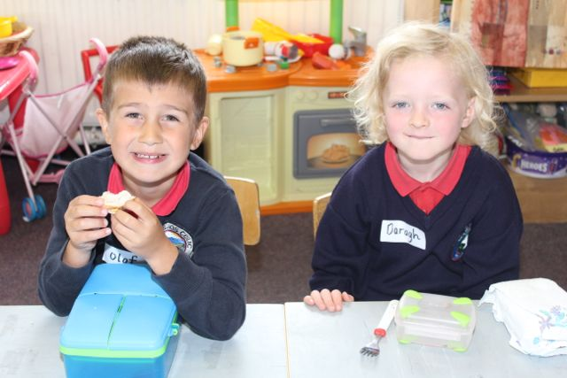Olaf Czerwien and Daragh Sheehan on their first day at school at Listellick NS on Wednesday. Photo by Dermot Crean