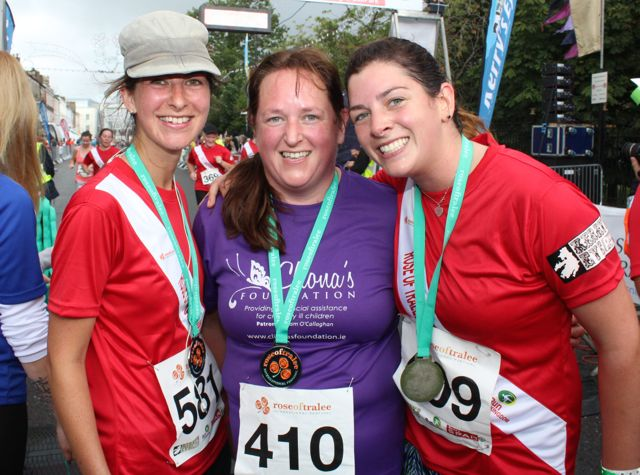 Amy Keller, Brid and Aine Madigan at the Rose of Tralee 10k Run on Sunday afternoon. Photo by Dermot Crean