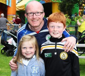 Caoimhe, Brian and Jack Shanahan enjoying the festival in town. Photo by Gavin O'Connor.