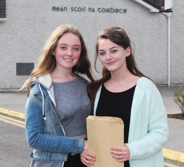 Tammy O'Shea and Sarah Ferris receiving their Junior Cert results in Presentation Secondary School. Photo by Gavin O'Connor.