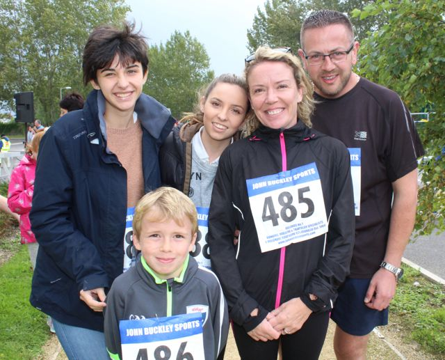 Anna Dominguez, Sean Spink, Carmen Garcia, Trish Spink and Pete Spink at the CBS The Green Fun Run on Sunday afternoon. Photo by Dermot Crean