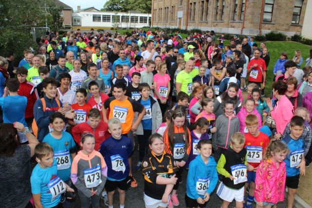 The participants gather at the start of the CBS The Green Fun Run on Sunday afternoon. Photo by Dermot Crean