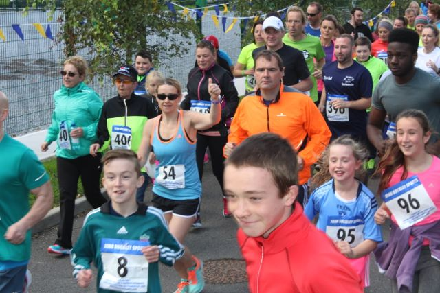 Participants take off at the start of the CBS The Green Fun Run on Sunday afternoon. Photo by Dermot Crean