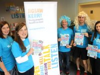 Evelyn O'Connor, Raedín O'Sullivan, George Glover, Colin Aherne and Triona Casey encouraging men to register with Jigsaw Kerry to raise funds by taking part in the Killarney Women's Mini Marathon next month. Photo by Dermot Crean