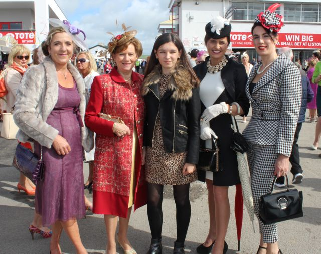 Photos Glamour At Ladies Day In Listowel Part 2
