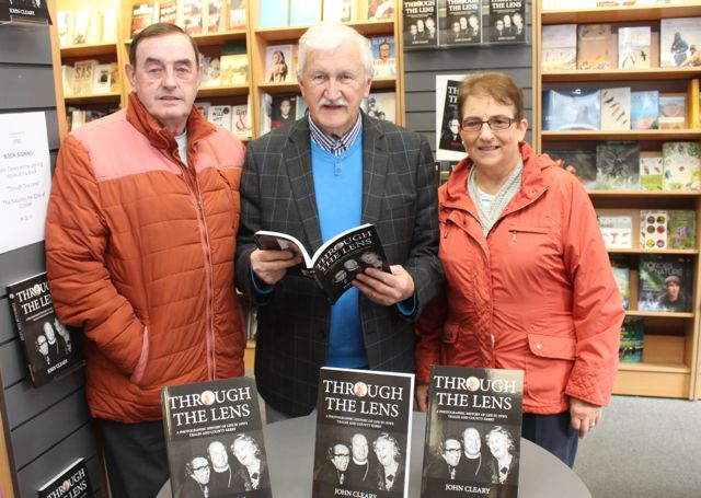 Eddie and Bertha Hanafin with John Cleary at his book signing event on Saturday. Photo by Dermot Crean