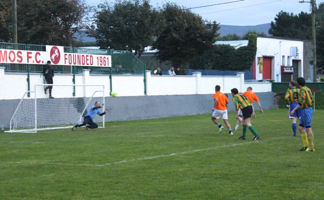 Action from the Over 35s final. Photo by Dermot Crean