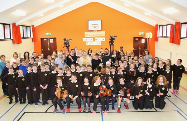 The TG4 production crew with Gaelscoil Mhic Easmainn pupils. Photo by Gavin O'Connor.