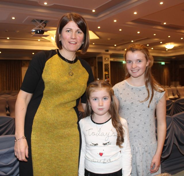 Aine and Aoibheann O'Dwyer and Brenda Devane at the Aughacasla NS Fashion Show at the Rose Hotel on Friday night. Photo by Dermot Crean