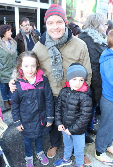 Niall, Ellen and Tadhg Lucey at the CH Chemists Christmas Parade on Saturday. Photo by Dermot Crean