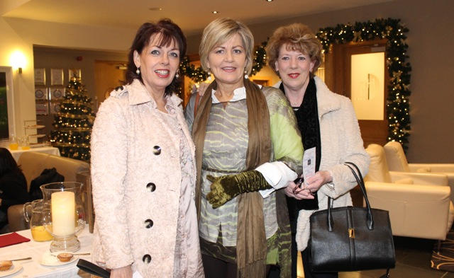 Antoinette O'Mahony, Ina O'Leary and Margaret McGrath at the Cookery Demonstration for Ardfert NS in Ballyroe Heights Hotel on Thursday night. Photo by Dermot Crean