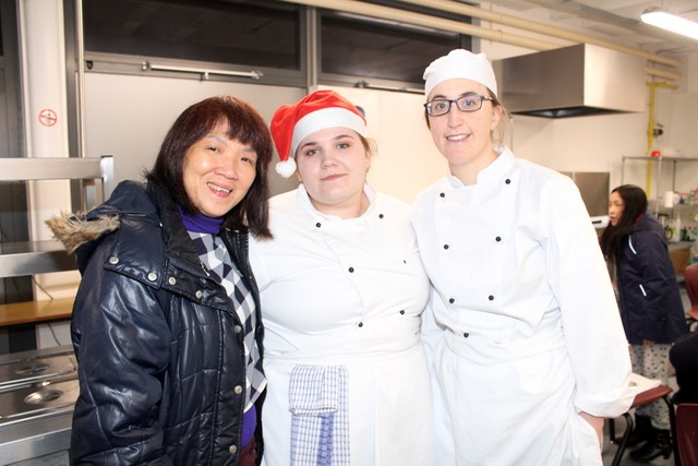 Mooi Chaw, Ruth McMorrow and Niamh Daly at the Kerry College of Further Education Christmas Cookery Demonstration on Thursday night. Photo by Dermot Crean