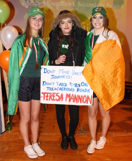 Amy O'Mahony, Éidín Dowling and Katie Nagle at the Mercy Mounthawk Fashion Show on Thursday night. Photo by Dermot Crean