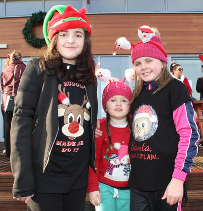 Lily Mai, Caylee and Layla Hannafin at the Santa 5k Fun Run on Sunday morning. Photo by Dermot Crean