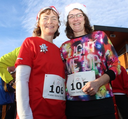 Catherine O'Mahony and Josie Moore at the Santa 5k Fun Run on Sunday morning. Photo by Dermot Crean