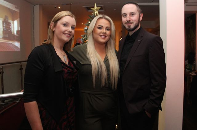 Gillian Keegan, Katie O'Connor and Derek Holden from Specsavers at Il Forno, Courthouse Lane, on Saturday night. Photo by Dermot Crean