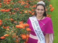 Rose of Tralee, Jennifer Byrne, in the Town Park. Photo by Dermot Crean