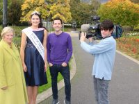 Cameraman Klaus Kappa with June Carey, Rose of Tralee Jennifer Byrne and Colm Flynn of RTE Today in the Town Park on Thursday afternoon. Photo by Dermot Crean